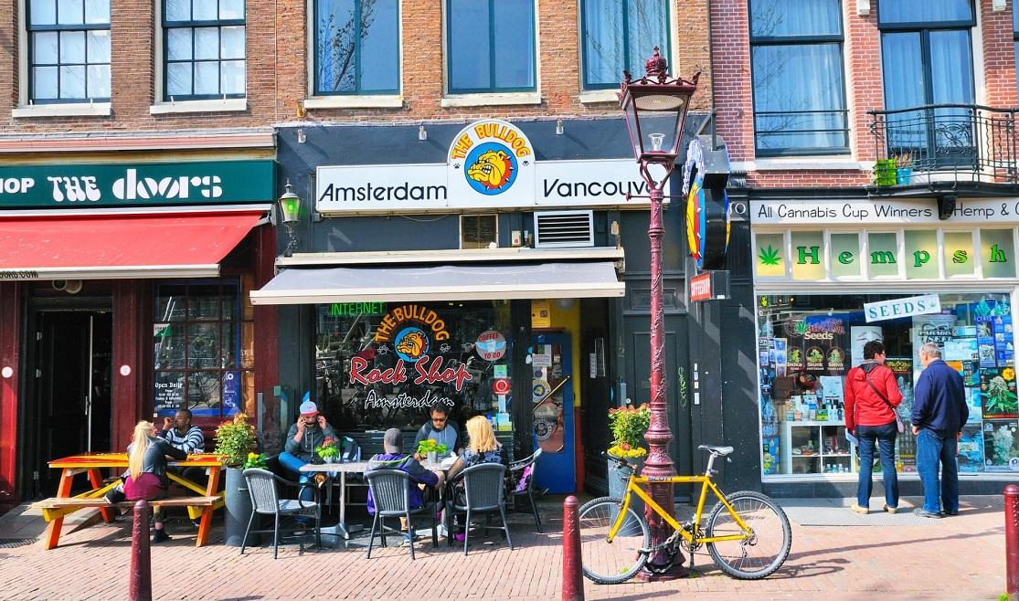 Запрет в Амстердаме на курение